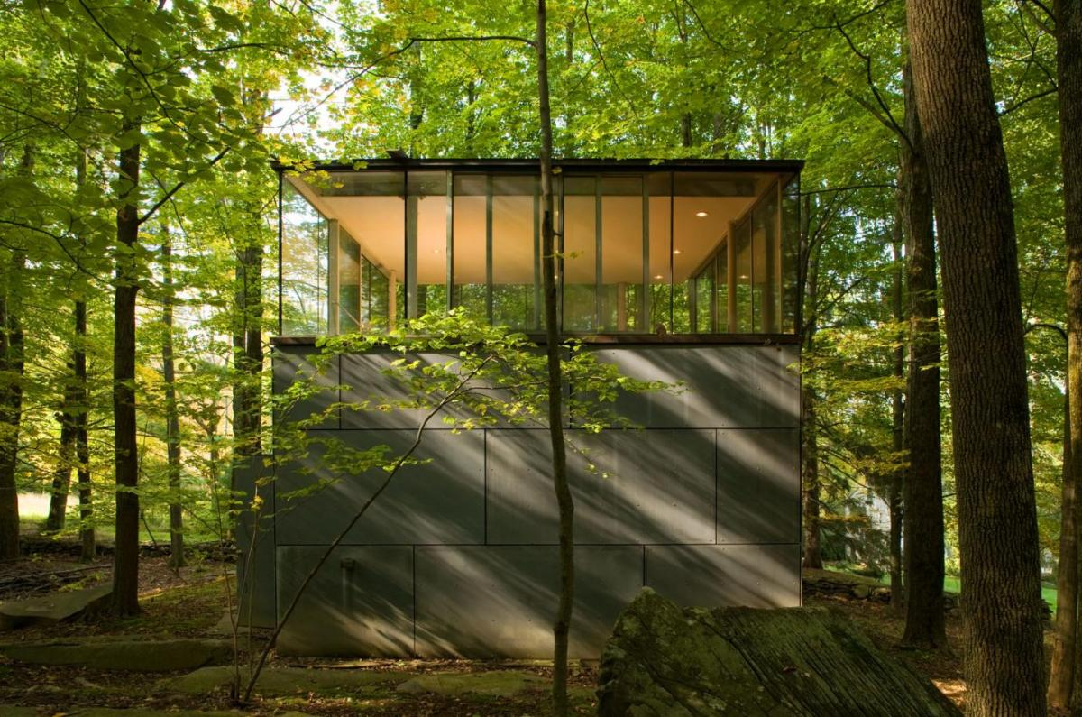 【建築デザイン】今世紀最高の書斎!森の中、コンクリートとガラスの建築。 @onFilters