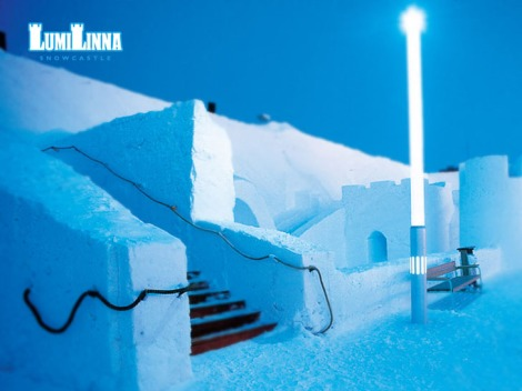 lumi-linna-finland