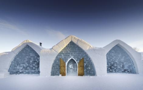 Quebec-Ice-Hotel-Luc-Rousseau5