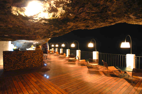 The-Summer-Cave-Restaurant-Italy-3