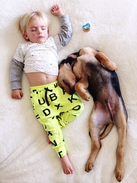 A-Naptime-Story-with-Dog-and-Baby-10
