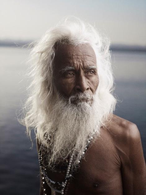 Holy-Men-Of-India19