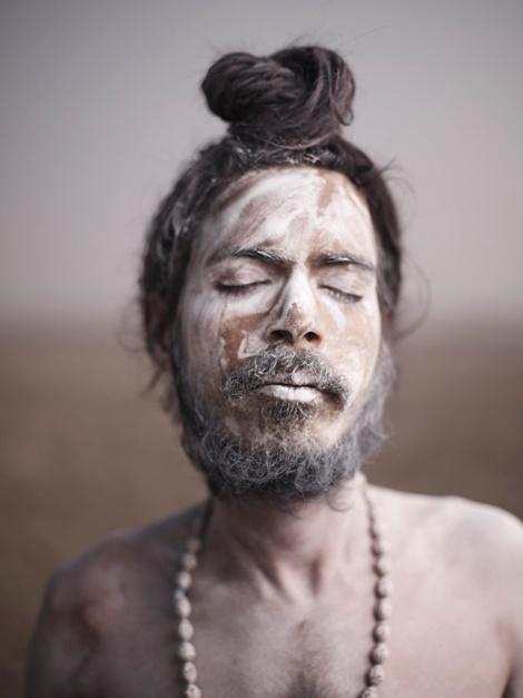 Holy-Men-Of-India24