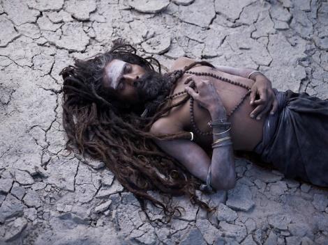 Holy-Men-Of-India30