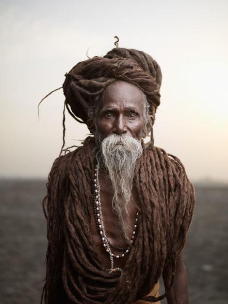 Holy-Men-Of-India37