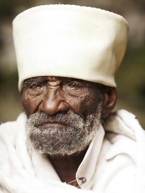 Holy-Men-Of-India5