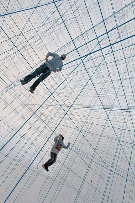 NumenFor-Use-creates-3D-grid-of-ropes-inside-inflatable-installation_dezeen_18