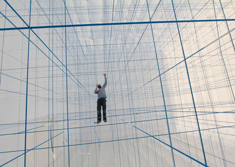 NumenFor-Use-creates-3D-grid-of-ropes-inside-inflatable-installation_dezeen_9