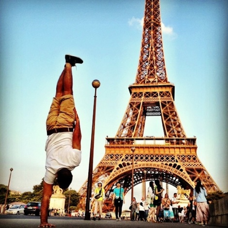 Breakdancer-at-Famous-Paris-Landmarks-4