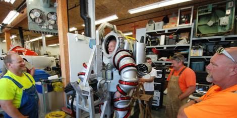 exosuit-training-in-workshop-dl_dynamic_lead_slide