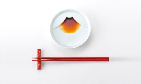 fuji-san-soy-sauce-plate-kaboomi-studio
