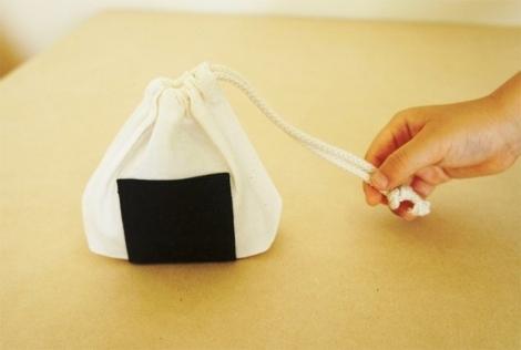 onigiri-lunch-bag-kaboomi-studio