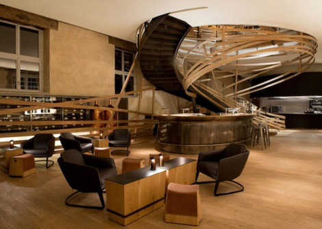 Spiral-Staircase-of-Strasbourg-Hotel-3
