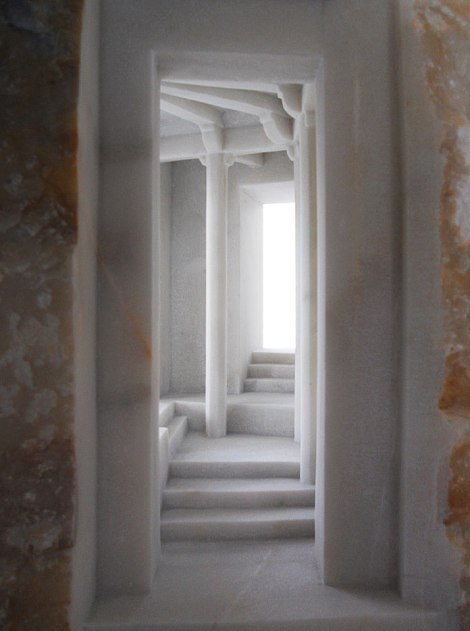 1-Matthew-Simmonds-Sculptures-in-Marble-and-Stone-yatzer
