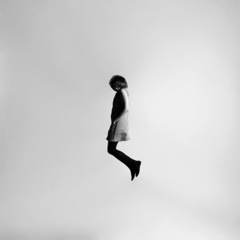 Black-and-white-jumping-people-photography-10