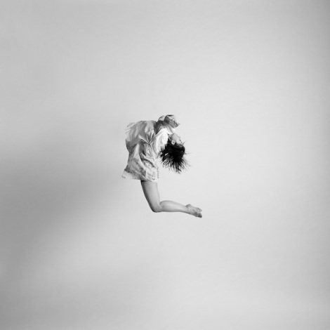 Black-and-white-jumping-people-photography-14