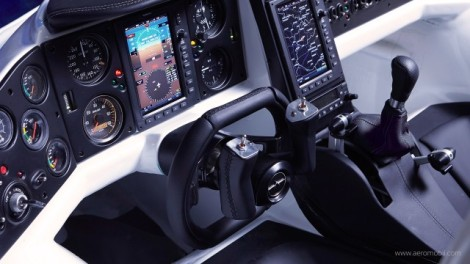 Airplaine-and-Motorcar-Combinaison_8-640x360
